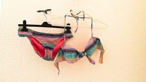Bunter Bikini von Victoria's Secret, Gr. 36
