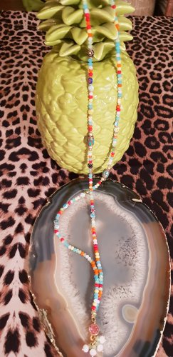 Bunter Perlenkette