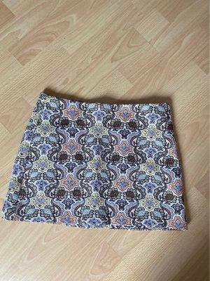 Zara Trafaluc Jupe tricotée multicolore