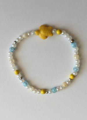 buntes Armband mit gelber Schildkröte, 18 cm lang