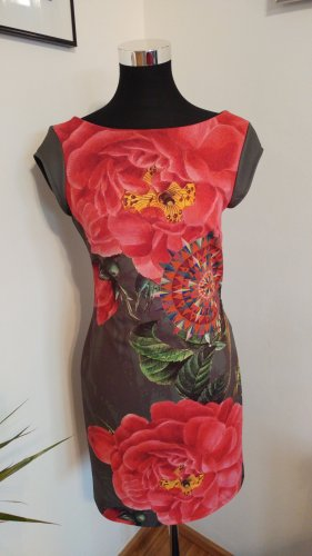 Buntes Desigual Kleid
