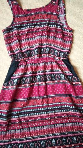 Buntes Kleid im ethno Look, Hippie Look Größe 34