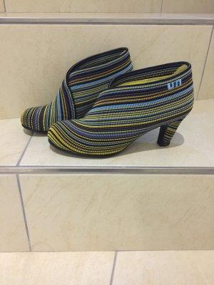 Buntes Schuhwerk