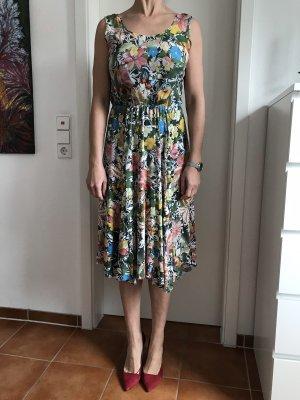 Buntes Sommerkleid aus Seiden Mix