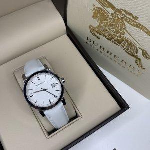Burberry Reloj digital blanco-color plata