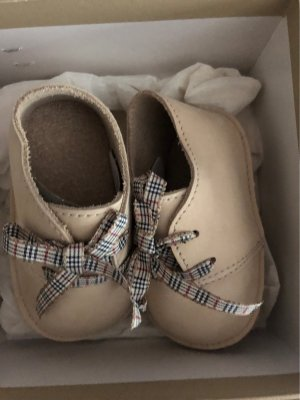 Burberry House Boots oatmeal