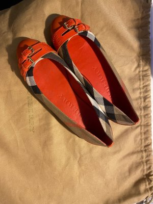 Burberry Classic Ballet Flats red