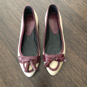 Burberry Ballerinas with Toecap sand brown leather
