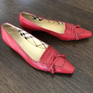 Burberry Ballerinas with Toecap dark red