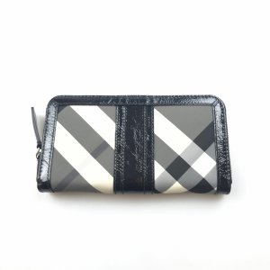 Burberry Beat Check Penrose Long Wallet