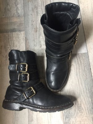 Burberry Chelsea Boots black