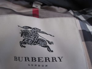 Burberry Daunenjacke Mantel Parka Gr. M schwarz