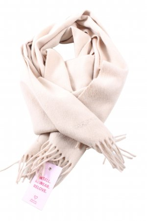 Burberry Fringed Scarf cream casual look