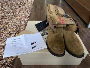 Burberry Winter Boots multicolored