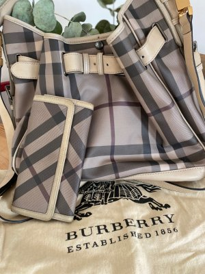 Burberry Handtasche in besonderer Farbe Smoked tre