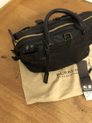 Burberry Handtasche Kalbleder Schwarz mit Etikett