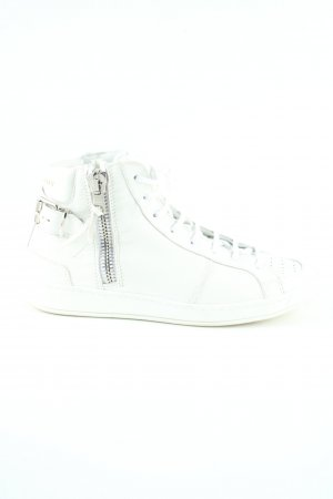 Burberry High Top Sneaker white casual look