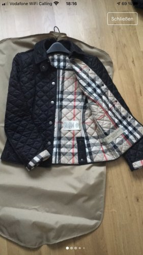 Burberry Jacke in Rautensteppung
