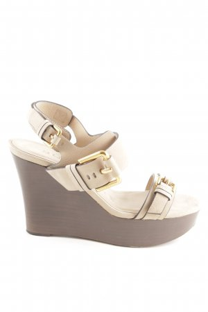 Burberry Wedge Pumps brown-cream casual look