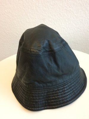Burberrys' Cloche Hat black leather