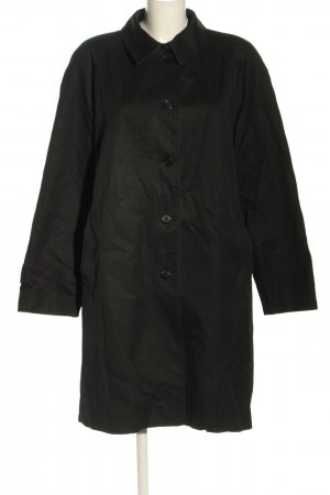 Burberry London Between-Seasons-Coat black casual look