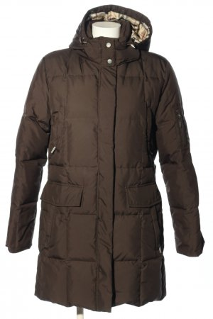 Burberry London Winter Jacket brown quilting pattern casual look