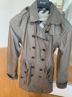 Burberry Mantel / Trenchcoat
