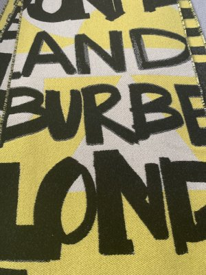 Burberry Knitted Scarf yellow cotton