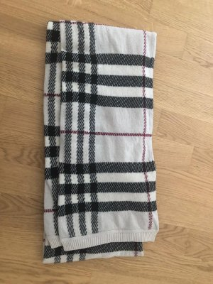 Burberry Woolen Scarf multicolored