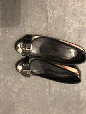 Burberry Classic Court Shoe black