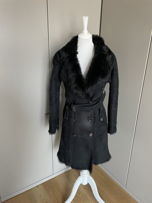 Burberry Winter Coat black