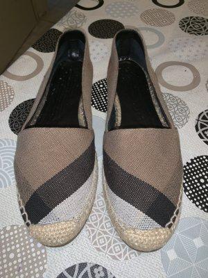 Burberry Foldable Ballet Flats beige