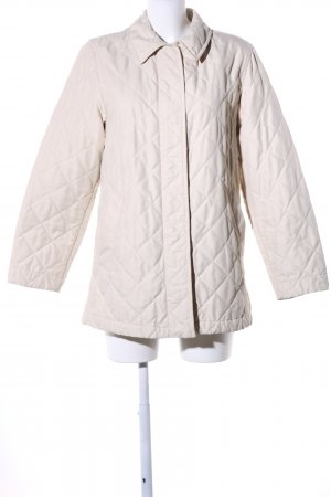 Burberry Quilted Jacket cream quilting pattern casual look