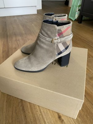 Burberry Zipper Booties grey brown suede