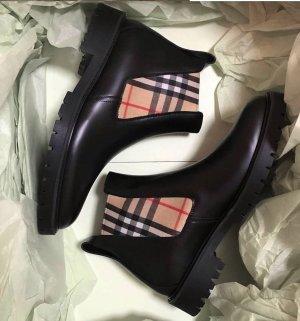 Burberry Chelsea Boot noir cuir