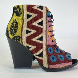 Burberry Peep Toe Booties multicolored cotton
