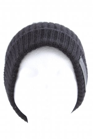 Burberry Knitted Hat blue casual look