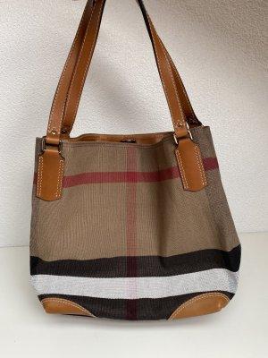 Burberry Tasche NEU und unbenutzt