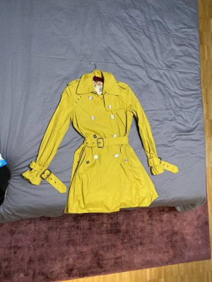 Burberry Trench Coat lime yellow