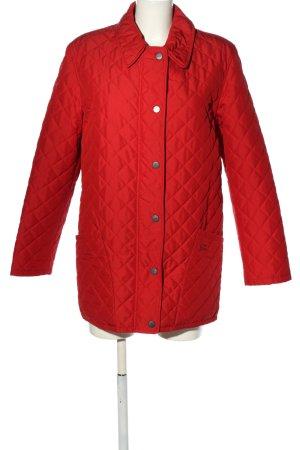 Burberry Between-Seasons Jacket red quilting pattern casual look