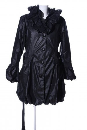 Burberry Between-Seasons-Coat black casual look