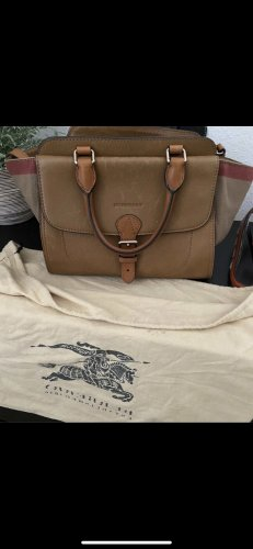 Burberry (Umhänge)Tasche