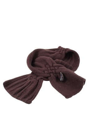 Burberry Woolen Scarf red casual look
