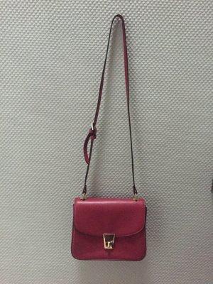 Burgunderote Handtasche