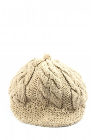 Burton Crochet Cap cream cable stitch casual look