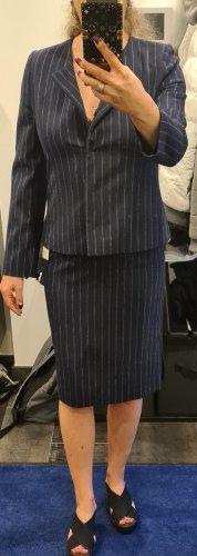 Ladies' Suit dark blue