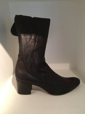 Stretch Boots brown leather