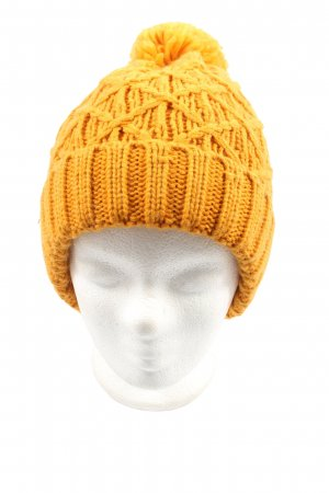 C&A Beret light orange cable stitch casual look