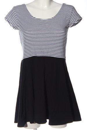 C&A Clockhouse Ringelshirt schwarz-weiß Streifenmuster Casual-Look