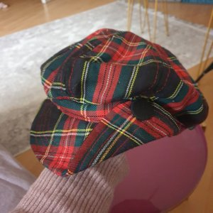 C&A Cappello da panettiere nero-rosso